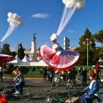 Carnaval de Nice, les filles aux ballons