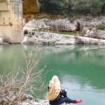 Jeune naïade au pied de l'acqueduc